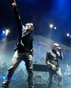 Chester Bennington & Mike Shinoda - Linkin Park Performance